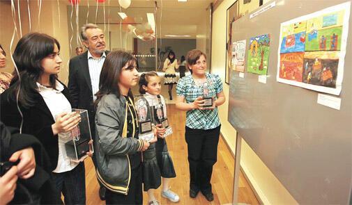 'Baba Beni Okula Gönder' 4 yaşında