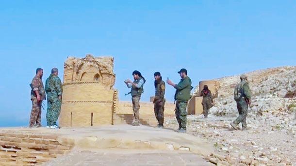PKKlılar Süleyman Şahın eski istirahatgahını terör kampına çevirdi
