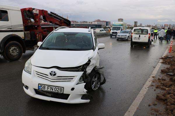 Kaza sonrası ortalık bir anda karıştı