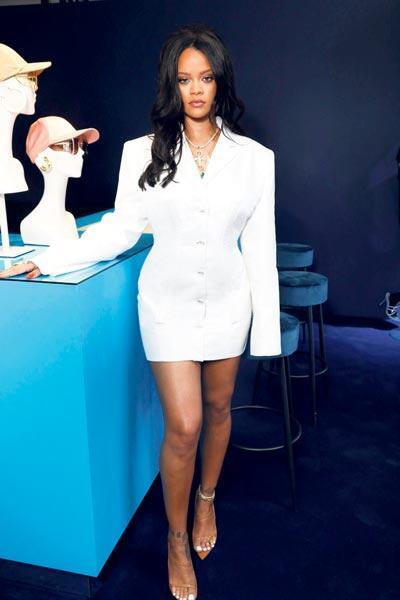 Fransız moda evlerinin günümüz çözümü: Rihanna