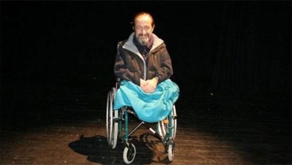 Son dakika: Ünlü sanatçı Parkan Özturan yaşamını yitirdi