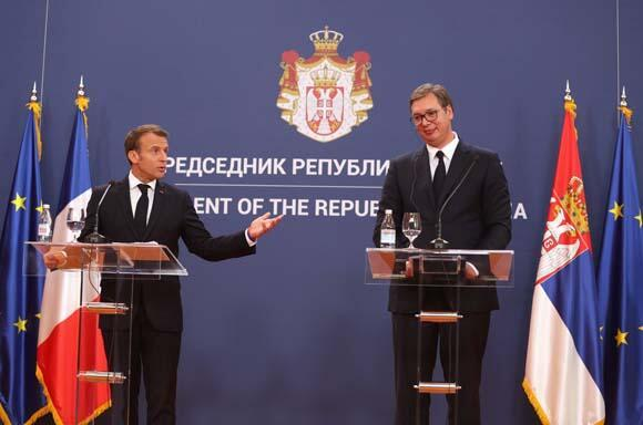 Macrondan Avrupayı sarsan açıklama: AB 28 üyesiyle...