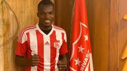 Sivasspor, Isaac Cofie'yi kadrosuna kattı