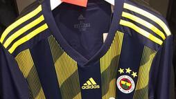 Fenerbahçe'nin yeni sezon formaları sızdı!