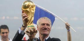 Yine yerli teknik adam Dünya Kupası'nı kaldırdı