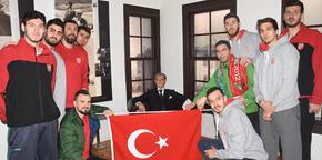 Karşıyaka'dan Selanik'teki Atatürk Evi'ne ziyaret