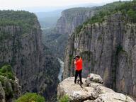 Tazı Kanyonu'nda tehlikeli poz