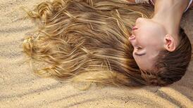 Yazın sarı saçların bakımı nasıl olmalı?