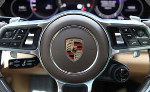 Porsche araçlarda büyük tehlike! 100 bin aracı geri topluyor...