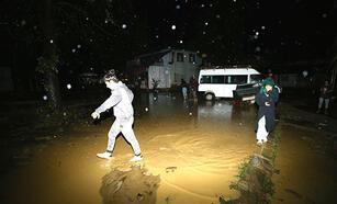 Düzce'de su baskını ve toprak kayması