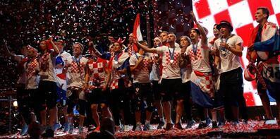 Hırvatistan dünya ikinciliğini kutluyor!