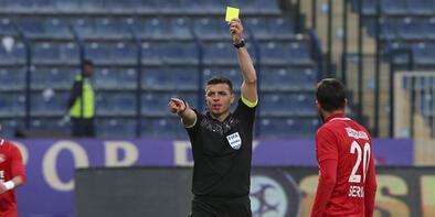 UEFA'dan Oğuz Sarvan, Murat Ilgaz ve Öztürk'e görev