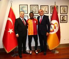 Galatasaray eski Fenerbahçeli ile anlaşma sağladı!