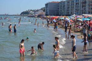 İstanbul'a çok yakın! Hava sıcaklığını fırsat bilen oraya akın etti