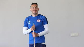 Mevlüt Erdinç Antalyaspor yolunda