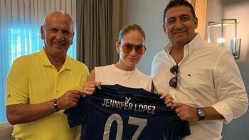 Jennifer Lopez Antalyaspor forması giydi
