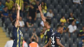 Fenerbahçe ligde tüm rakiplerine üstün kurdu