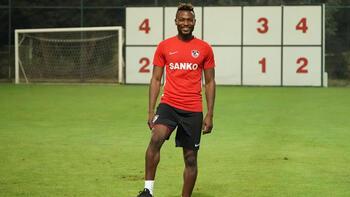 Gazişehir'de yeni transfer Twumasi, ilk idmanına çıktı