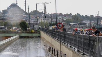 Son dakika! İstanbul'da yağmur hayatı felç etti!
