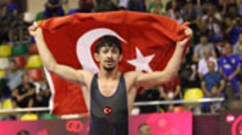 Kerem Kamaldan altın madalya