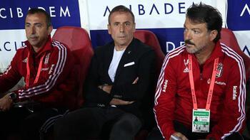 Beşiktaş'ta Abdullah Avcı'dan ilk neşter