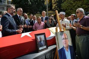 Prof. Dr. Ahmet Haluk Dursun için Galatasaray Lisesi'nde tören düzenlendi