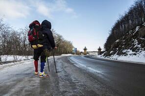 Binlerce kilometreyi protez bacağıyla aştı