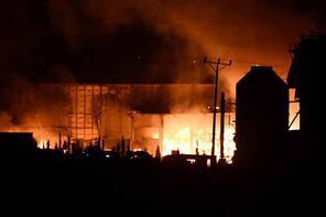 Tüm fabrikayı sardı! Tekirdağ'da korkutan yangın