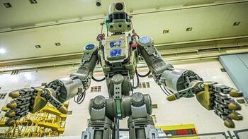 Rusya uzaya 'insansı robot' gönderdi