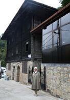 Emine Erdoğan  Hacı Şeyh Camisi'ni ziyaret etti