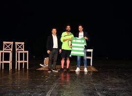 Erkan Kolçak Köstendil, oyununun gelirlerini Bursaspor'a bağışladı