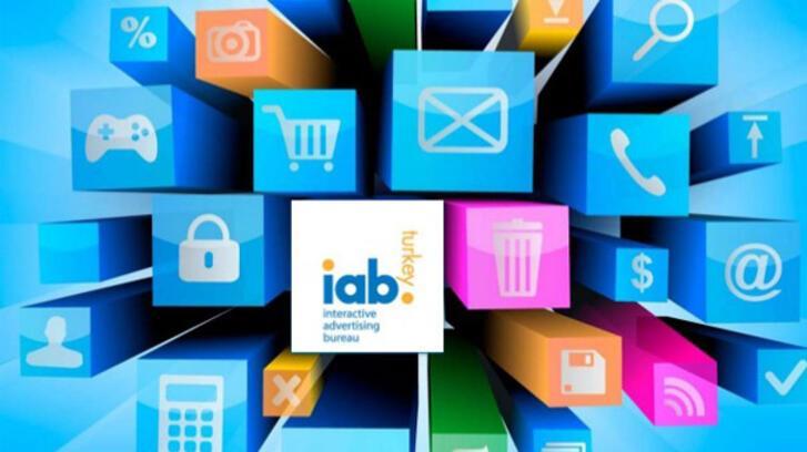 Dijital medya satış teknikleri eğitiminde Türkiye'de bir ilk