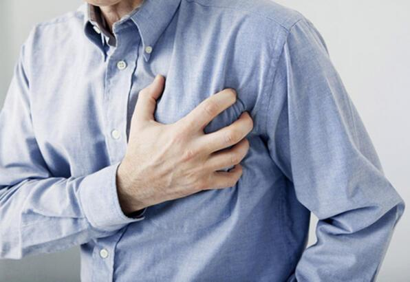 2 saatlik işlemle günlük hayata dönüş: Ameliyatsız aort kapak değişimi