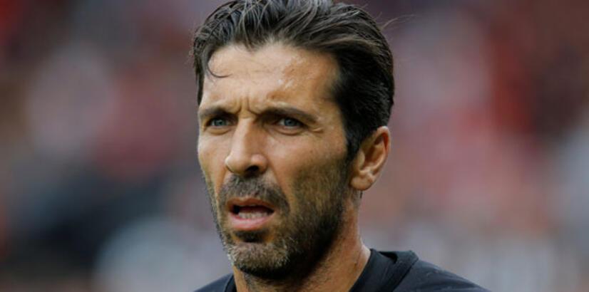 Tuchel: Buffon ikinci kalecim