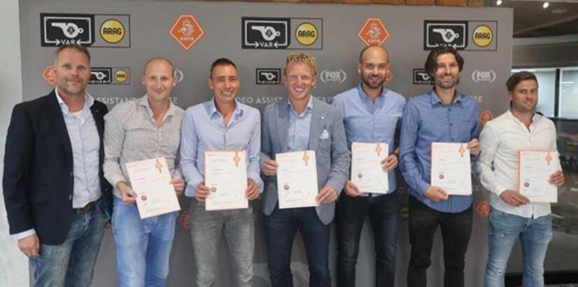 Dirk Kuyt diplomayı aldı, Fenerbahçe iddiası...