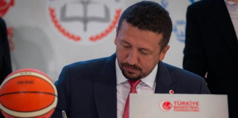 Hidayet Türkoğlu'ndan taziye mesajı
