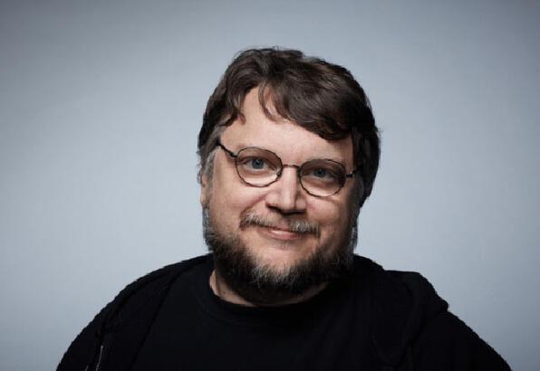 Del Toro bu kez yapımcı