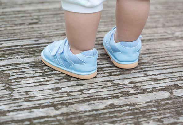 Bebeğinizin ilk ayakkabısı neden önemli?