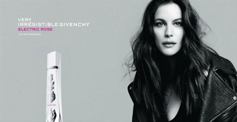 Parfüm Irresistible Reklam Rose Givenchy Very Electric Kampanyası b6gyvIf7Y