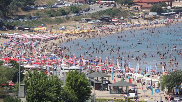 İstanbul Şile Plajı'na akın etti