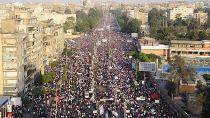 Mısır'da istifa dalgası