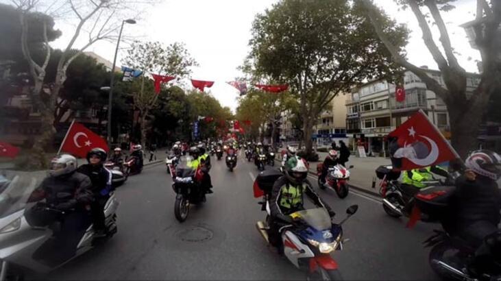 Motosikletliler Mehmetçik için caddelere çıkıyor