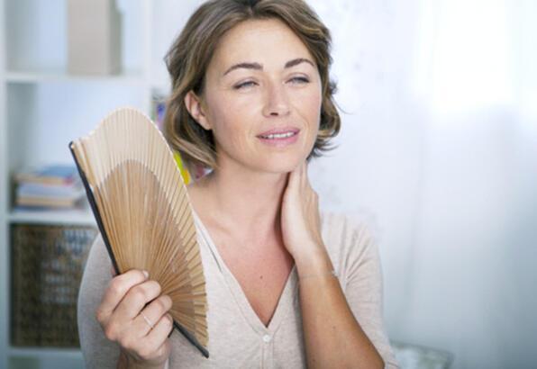Menopoz öncesinde ve menopozda neler yaşanır?