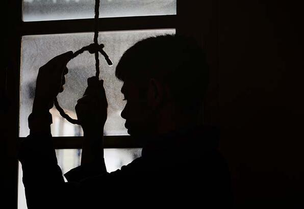 Gençler intihar etmeye neden daha fazla meyilli?