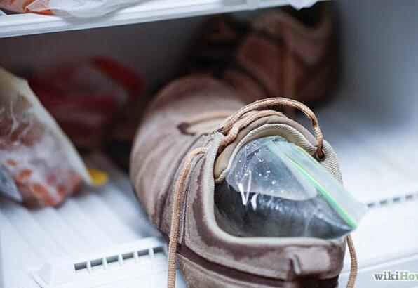 Dar ve sıkan ayakkabılar nasıl genişletilir?