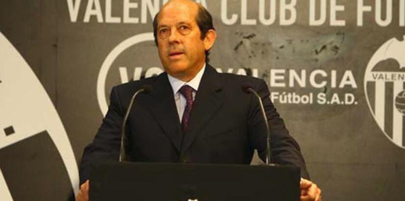 Valencia'da şok istifa!