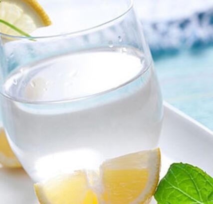 Yeterince su içmemenin yol açtığı 11 rahatsızlık