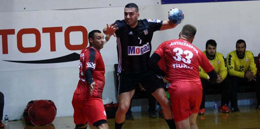 Beşiktaş Mogaz - Antalyaspor: 30-27