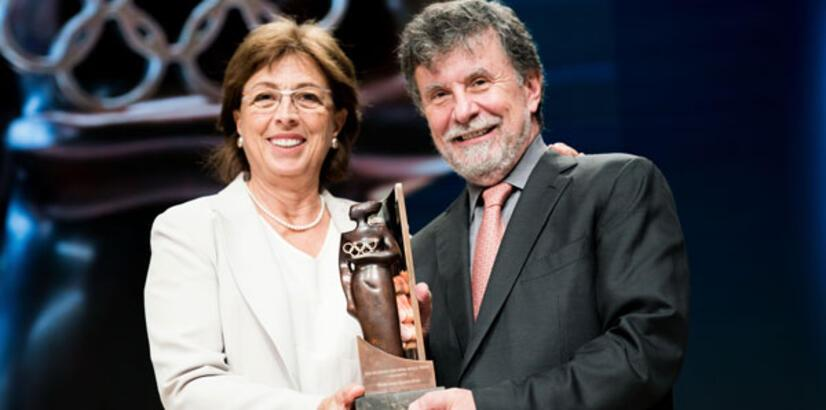 Eczacıbaşı'na Uluslararası Olimpiyat Komitesi'nden Büyük Ödül