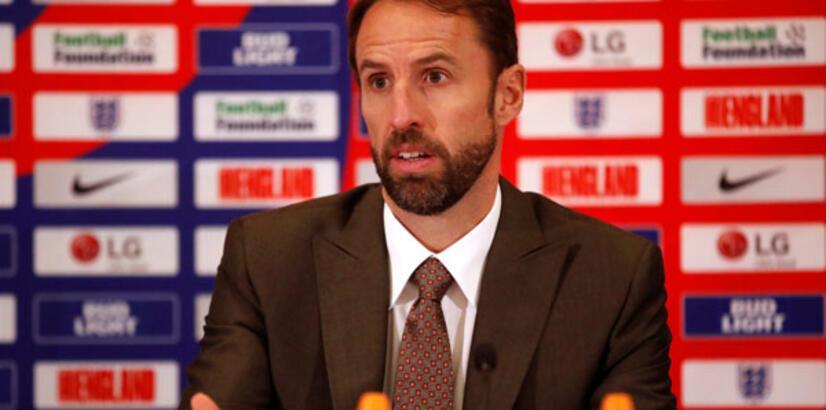 İngiltere Southgate'in sözleşmesini uzattı